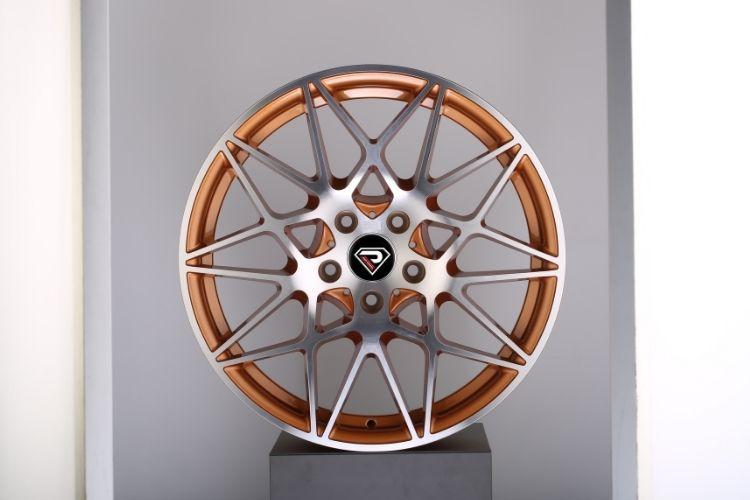 BMW M4 GTS 5-112 Mesh Spokes Gold alloy wheels