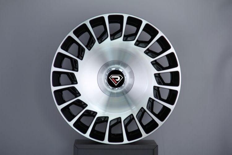 Mercedes Benz Maybach 20inch alloy wheels