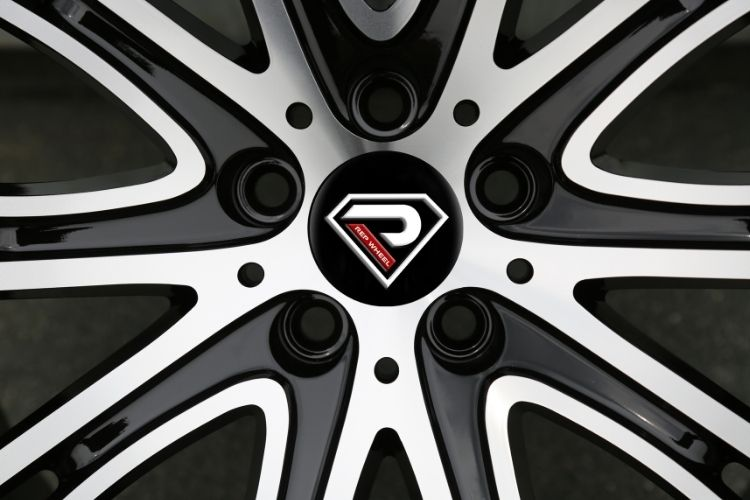 New BMW 7 19inch 5-120 holes Black Machined Face Alloy wheels