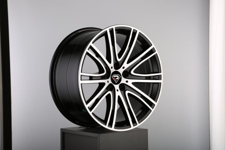 New BMW 7 19inch 5-120 multi-spokes Black Machined Face Alloy wheels