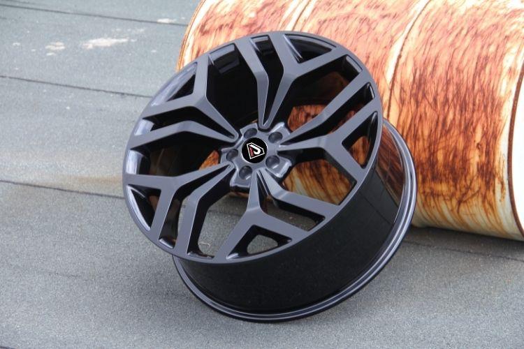Range rover velar alloy wheel rim black