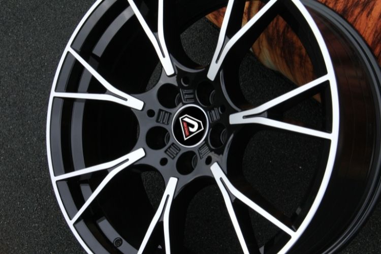 BMW M5 2019 20inch Black Machined Face Alloy Wheels