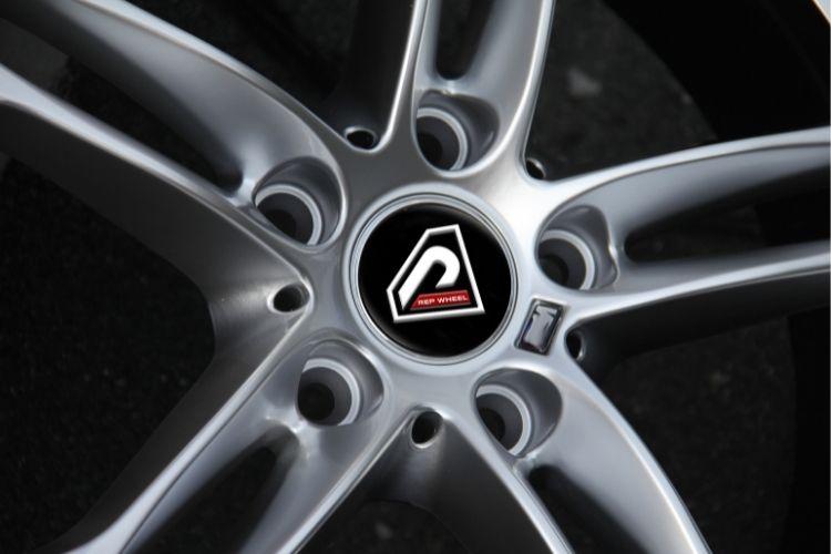 BMW M6 18inch 5-112 5-120 5 spokes HS alloy wheels