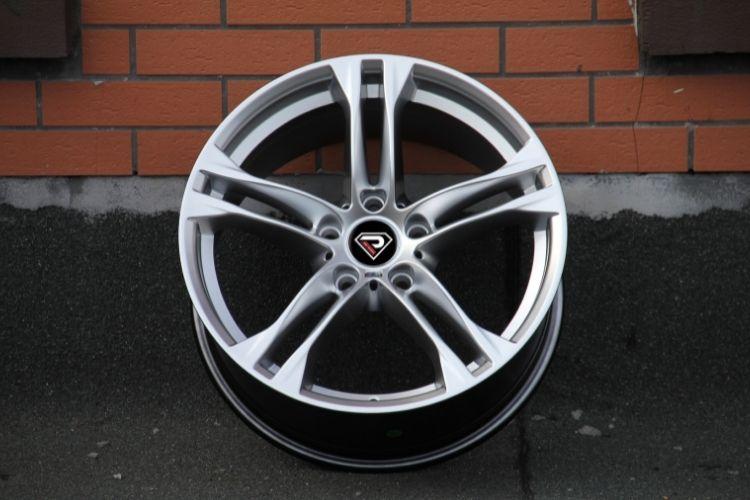 BMW M6 18inch 5-112 5 spokes HS alloy wheels
