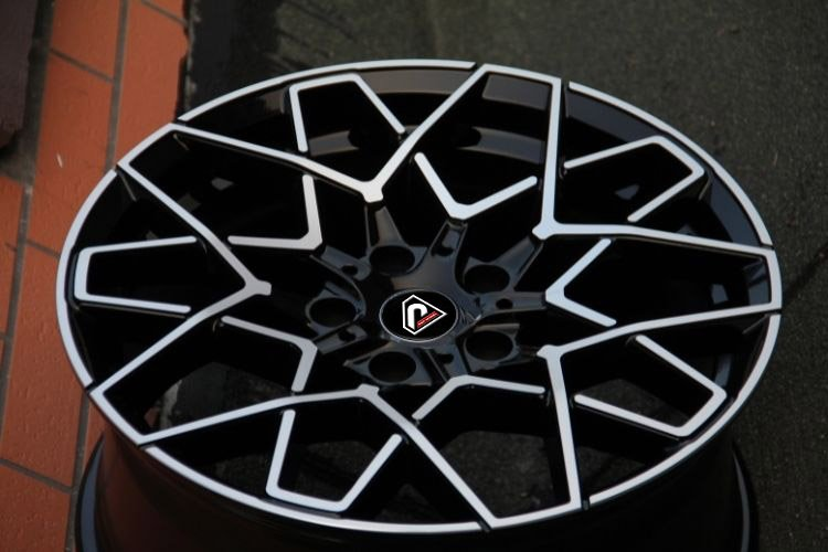 BMW M8 2019 5 spokes 18inch 19inch alloy wheels
