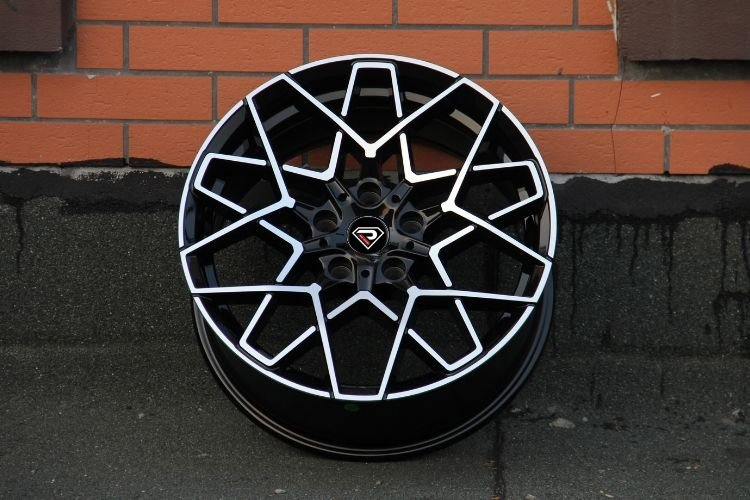 BMW M8 2019 Black machined face 18inch 19inch alloy wheels