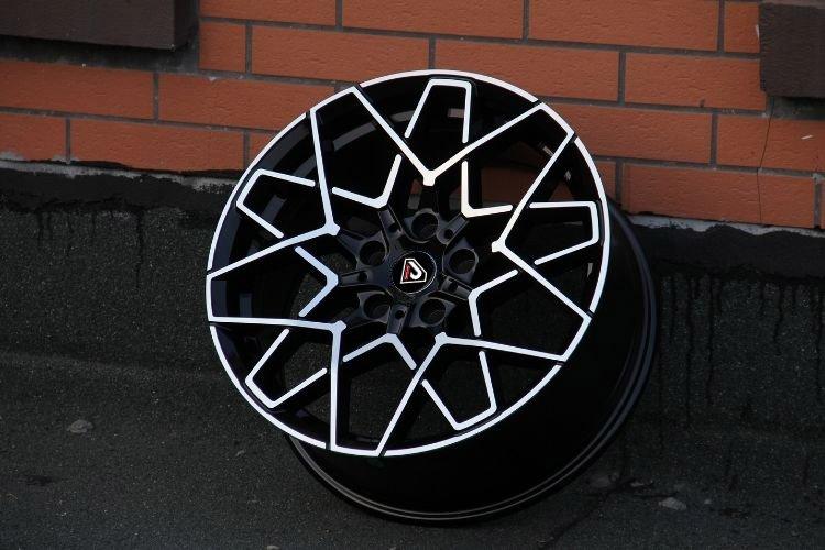 BMW M8 2019 Multi-spoke Design 18inch 19inch alloy wheels