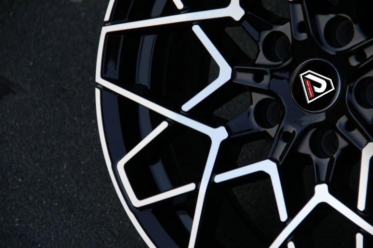 BMW M8 2019 special Center cap 18inch 19inch alloy wheels