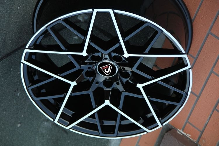 BMW M8 20inch 5 star spoke black machined face alloy wheel