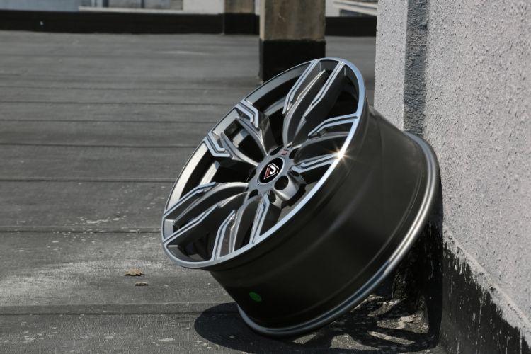 BMW New 760 li 5-120 5 spokes sport design Gunmetal Machined Face alloy wheels