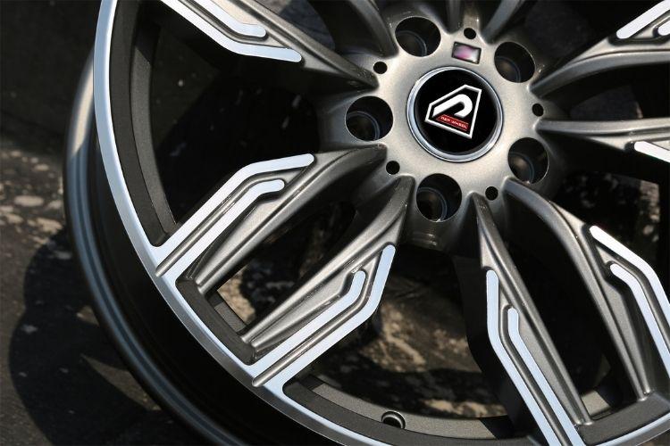 BMW New 760 li 5-120 sport design Gunmetal wheels