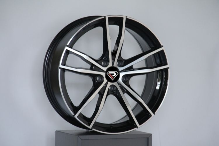 BMW New M3 18inch 5-120 black machined face alloy wheels