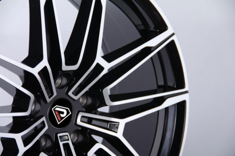 BMW New M4 Multi-V-spokes Black Machined Face Alloy Wheels