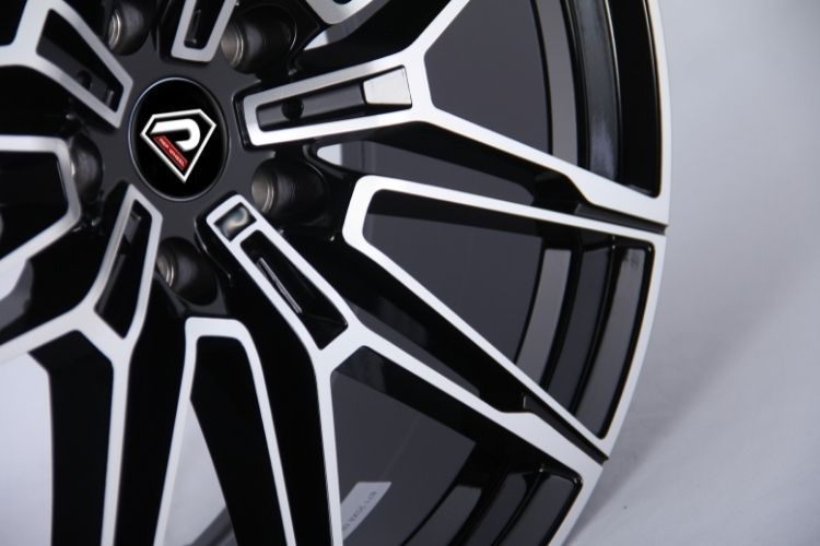 BMW New M4 Multi stronger spokes Black Machined Face Alloy Wheels