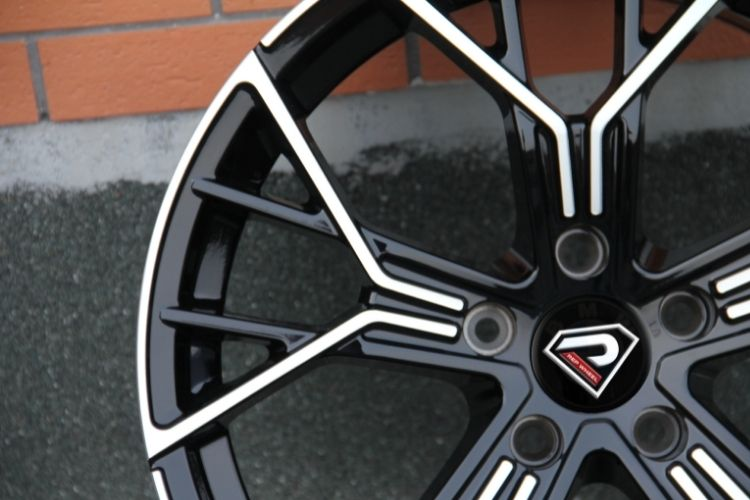 BMW New M8 18inch 19inch 5 double spoke Black machined face alloy wheels
