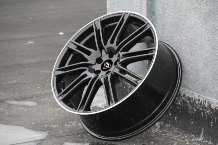 PORSCHE CAYENNE TURBO 5 holes 10 Spokes BML Alloy wheels