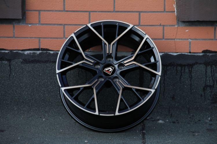 BMW New M8 18inch 19inch Y shape spoke Black machined face Bronze Tint alloy wheels