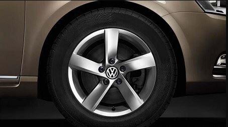 A Polished Alluminium Wheel